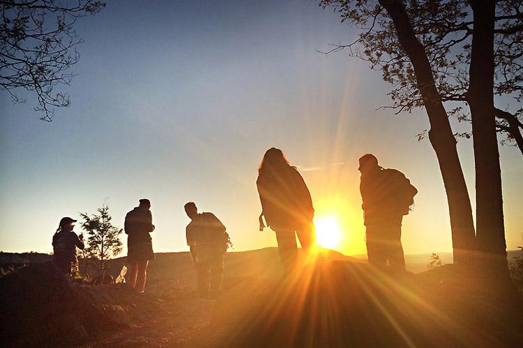actividades para hacer en grupo por navarra cerca de la casa rural landaburu